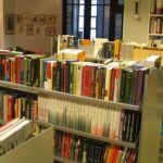 Кризис новинок в книжных магазинах