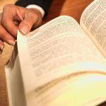 В России книги все меньше читают и все чаще - дарят